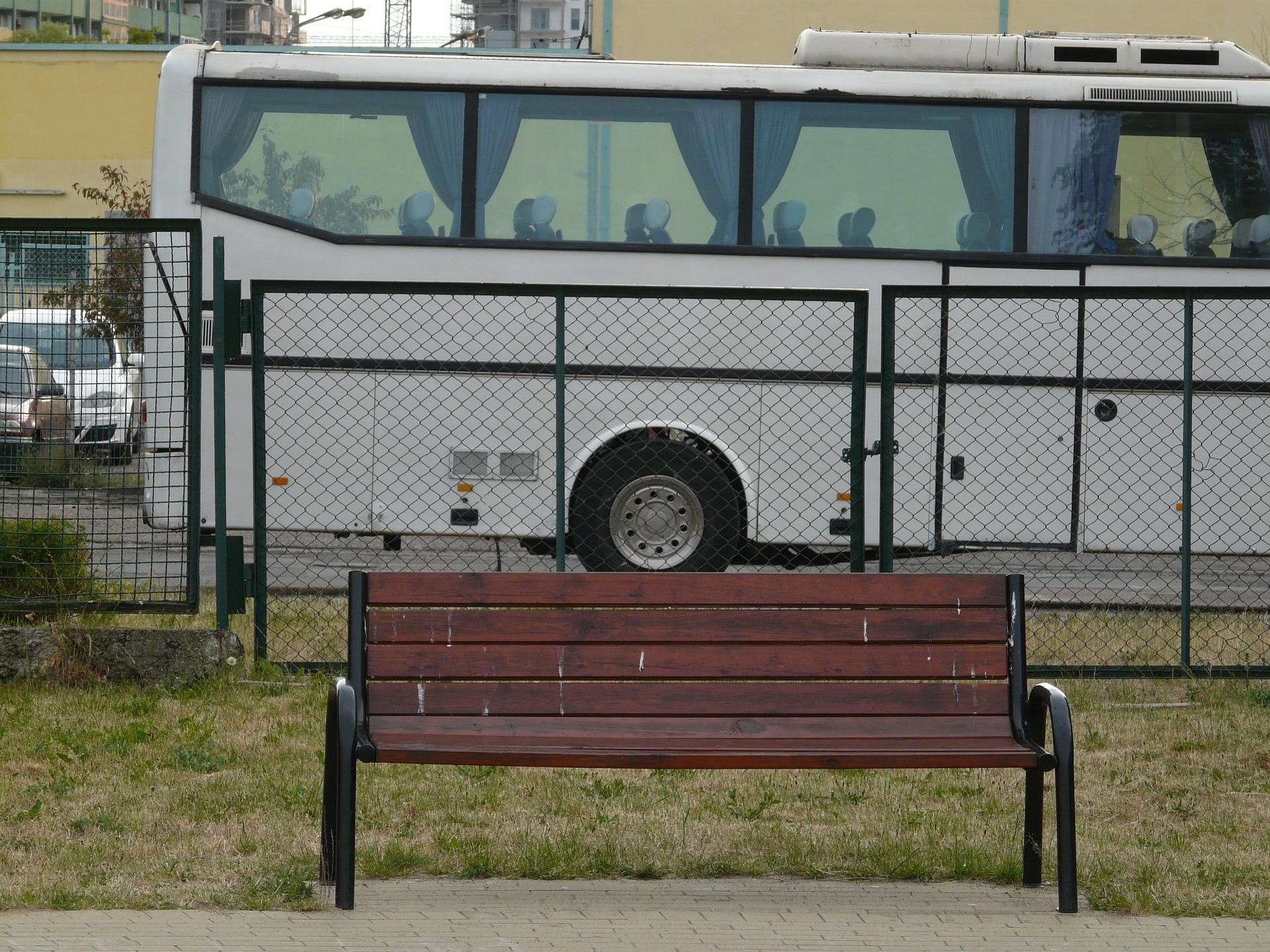 coach-986078_1920