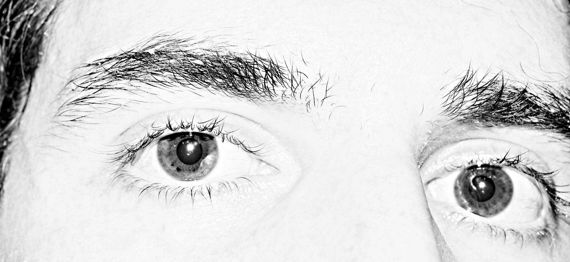 eye-1283884_1920