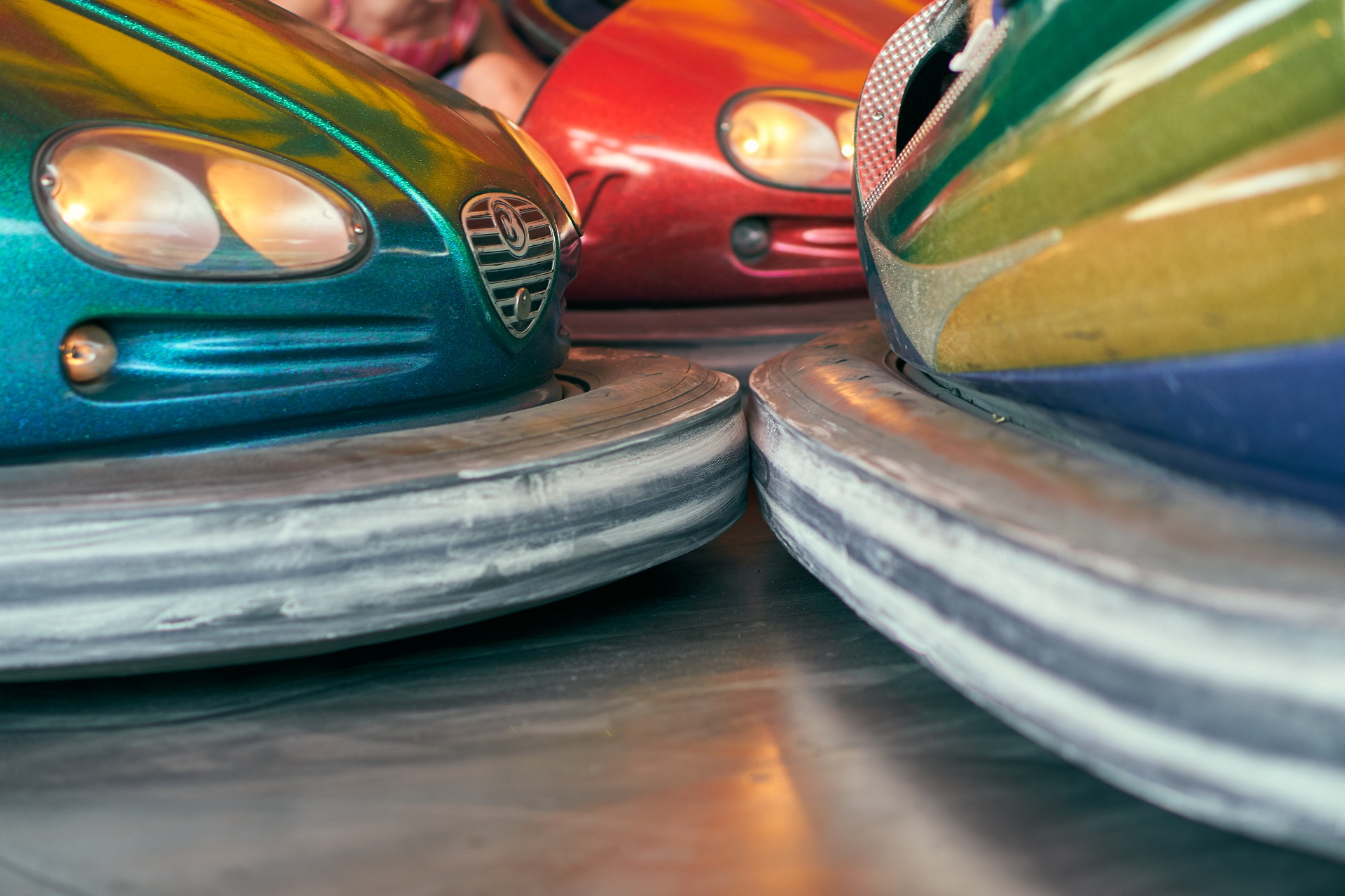 bumper-cars-4390958_1920